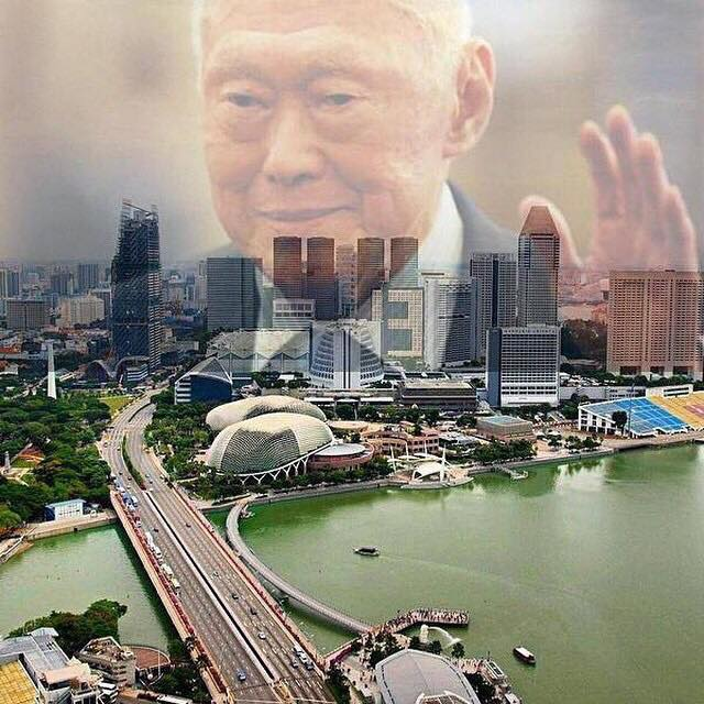 http://nicolastang.com/category/singapore/lee-kuan-yew/