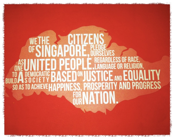 https://homeschoolcrafts.wordpress.com/2013/08/10/celebrating-national-day-singapore-flag-national-anthem-and-pledge/